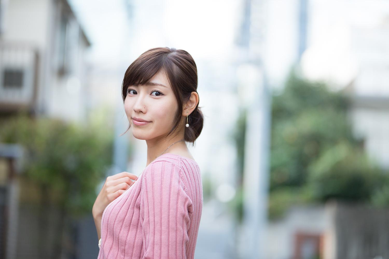 立石晴香 – 2016年11月